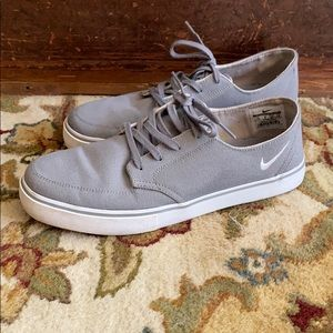 Nike SB canvas sneakers